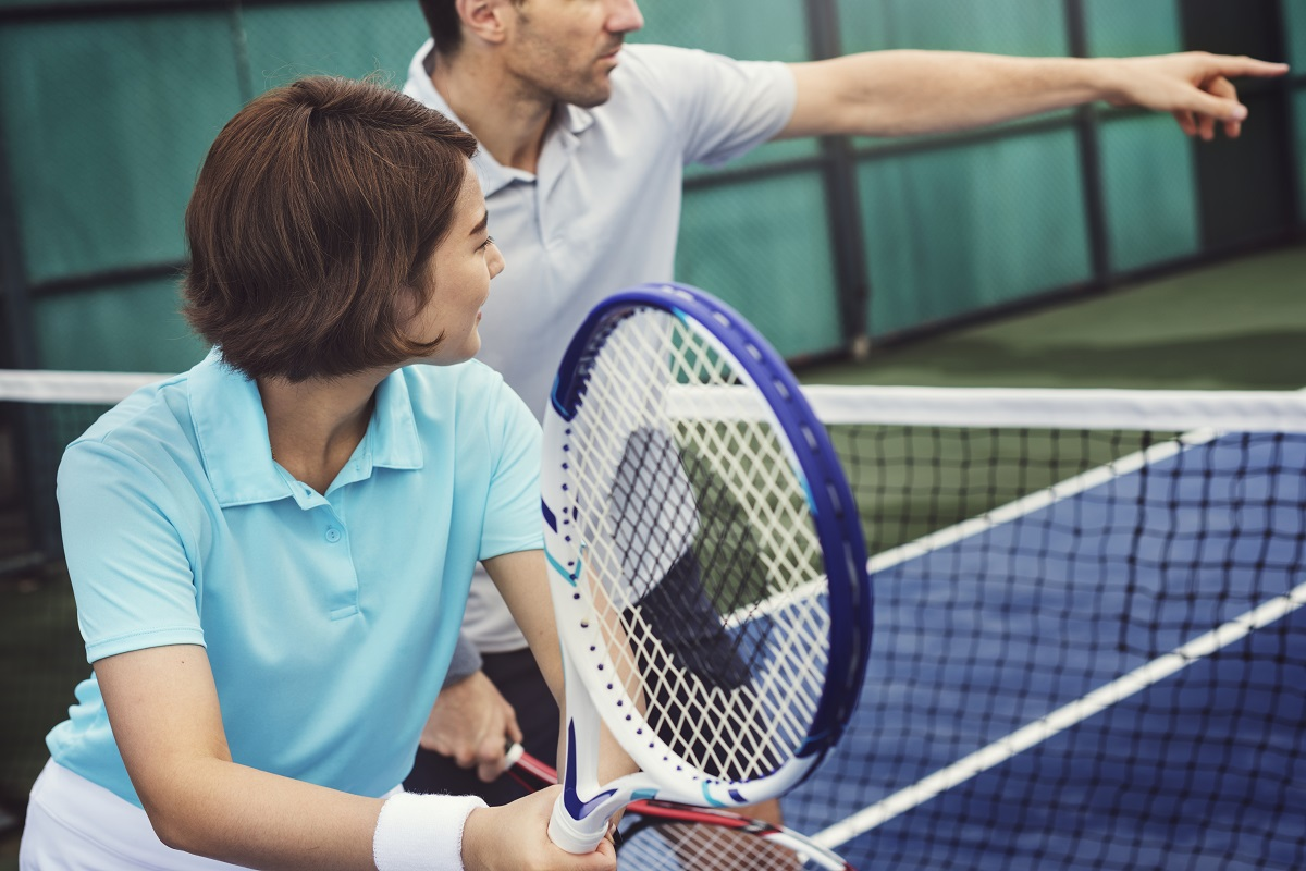 There are very few careers which essentially allow you to go to work, tell your boss what to do and then get paid for it. Tennis coaching just happens to be one of the few industries that can be characterized by this unusual dynamic between employer and e