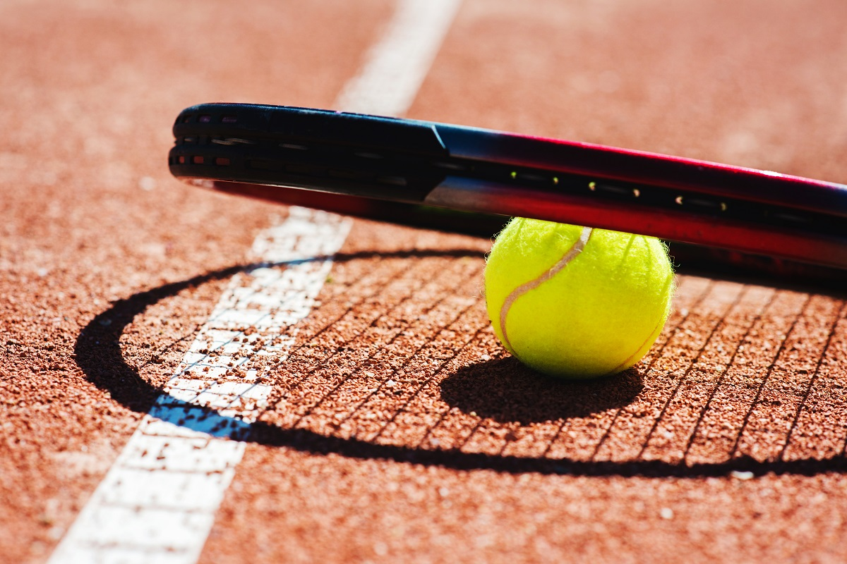 """Most tennis fans have probably thought at one time or another, """"The pros make it look easy."""" Truthfully, they do make the game look easy. Of course, that's an optical illusion"""