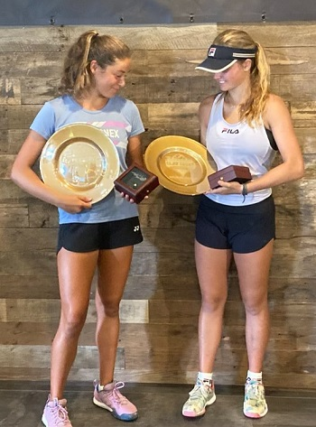 Stephanie Yakoff (right) & Natalia Perez (left) captured the title in the Girls 16s Doubles division.