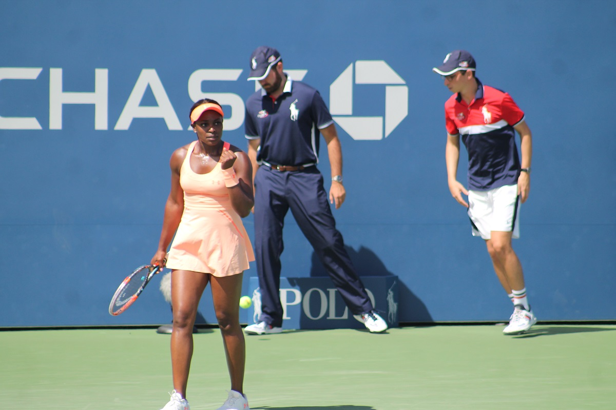 Sloane Stephens notched her first win at the Australian Open since 2014 by beating fellow American Taylor Townsend on Monday.