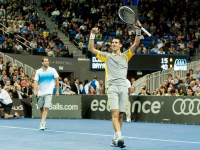 The team of Pete Sampras & Novak Djokovic faced the Bryan Brothers at the  first LA Tennis Challenge