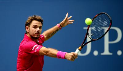 Stan Wawrinka outlasted Andy Murray in an epic French Open semifinal on Friday.