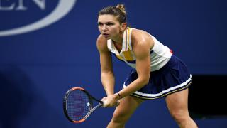 Top-seeded Simona Halep advanced to the semifinals in Paris on Wednesday, coming back to defeat the number 12 seed, Angelique Kerber