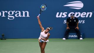Madison Keys used a dominant serve and her powerful forehand to dictate the action on Wednesday night under the lights of Arthur Ashe Stadium, delivering a routine 6-4, 6-3 victory over 30th seeded Spaniard Carla Suarez-Navarro.